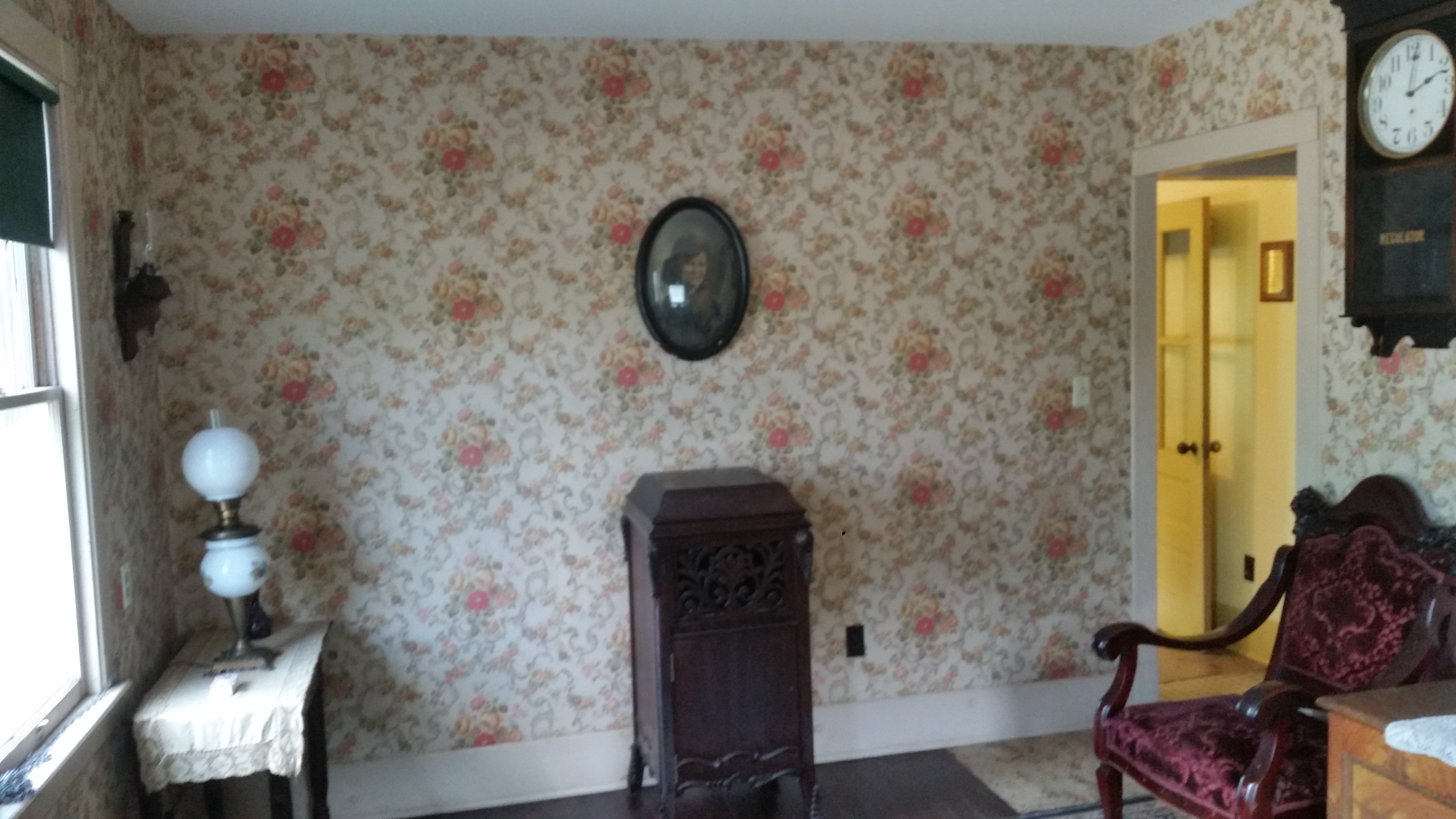 old room with antique furniture